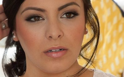 6 steps to create soft smoky eye make up