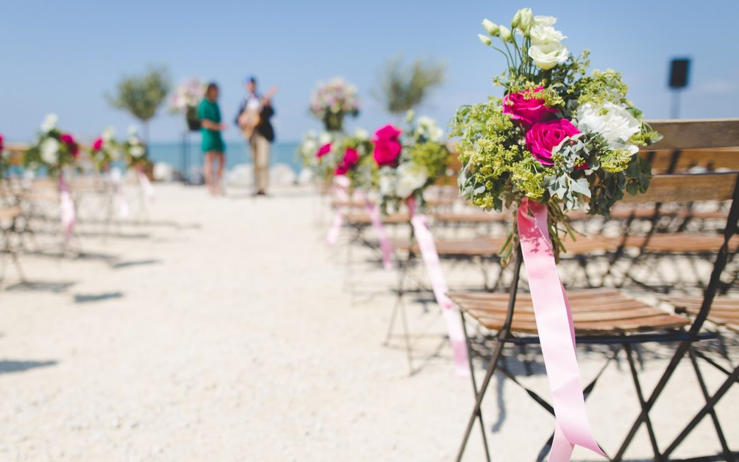 Organising a long distance Wedding? 6 Top Tips to help you!